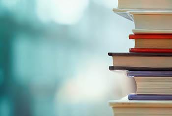 Bücherstoß
